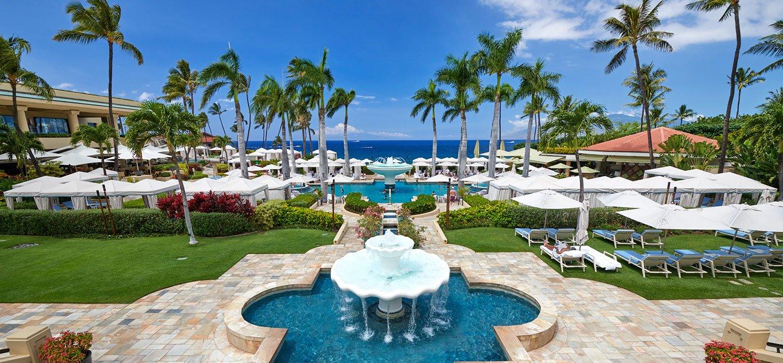 Hannah Cote - Travel Agent - Destination Weddings, Mexico Vacations, Hawaii Vacations